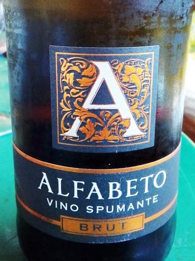 Alfabeto_spumante_brut_label