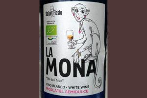 Отзыв о вине La Mona Moscatel Semidulce 2017