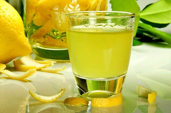 Крепкая настойка Лимонная